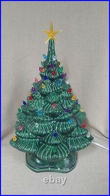 Ceramic Christmas Tree Lighted 18.5 Vintage Mold Green Snowflake Base
