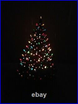 NOWELL'S MOLDS Ceramic Christmas Tree Large Lighted Vintage 23 Tall w / Base
