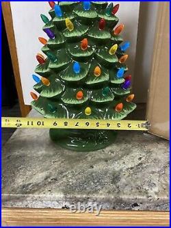 New Mr Christmas 24 Large Nostalgic Ceramic Lighted Christmas Tree WithStar &bulb