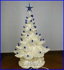 Retro Atlantic Mold White Lighted Ceramic Christmas Tree & Base Works 18.5 Blue