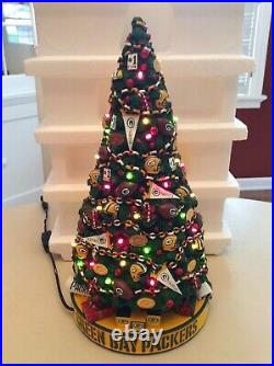 The Danbury Mint 2001 Green Bay Packers Lighted Christmas Tree