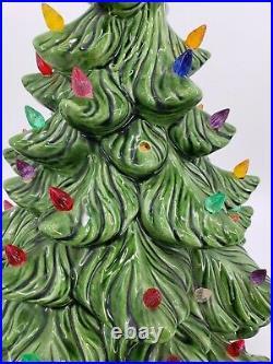 Vintage Atlantic Mold Co Ceramic Lighted Christmas Tree 22 Lights Up