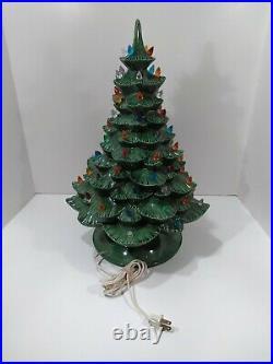 Vintage Ceramic Christmas Tree 20 w Arnels Mold Lamp Lighted Base Musical