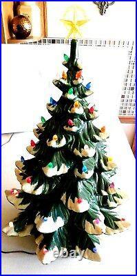 Vintage Christmas 1974 Atlantic Mold 22 Ceramic Lighted Tree