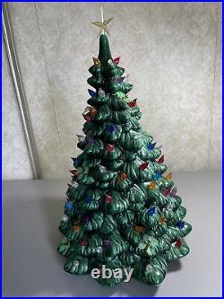 Vintage Holland Mold 20 Green Ceramic Christmas Tree Music Box Lots of Lights