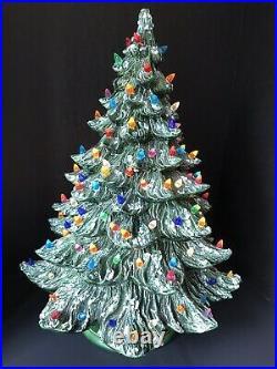 Vtg Ceramic Christmas Tree 22 Flocked Multi Colored Lights Base