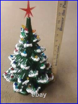 Vtg Ceramic Christmas Tree withBase Atlantic Mold Lights Star Snow Flock 17 x 12