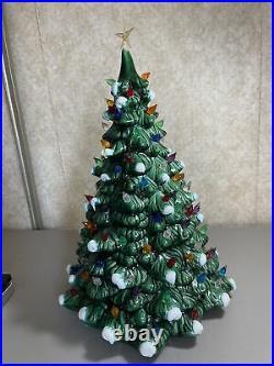 Vtg Holland Mold 20 Green Ceramic Christmas Tree w Snow Music Box Lights